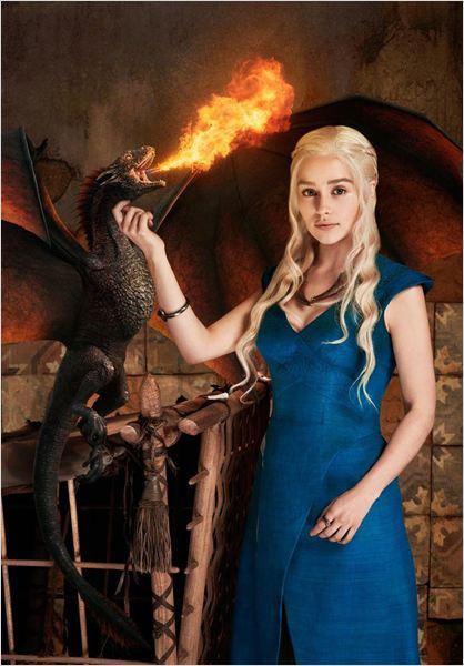 Foto de Emilia Clarke como Daenerys Targaryen