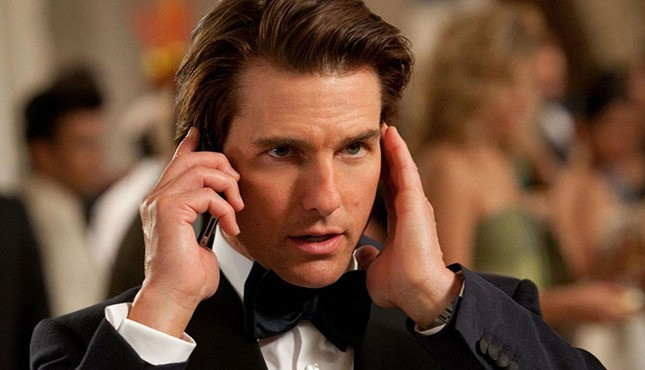 Tom-Cruise-Mission-Impossible-4-645x370