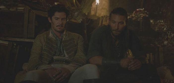 Rackham y Vane acomodados en el tesoro español