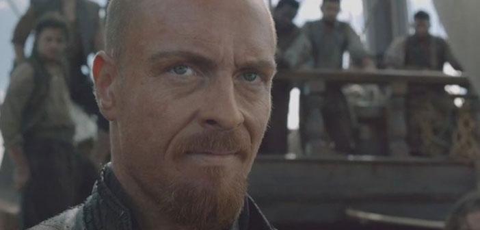 El Capitán Flint se ha hecho skinhead