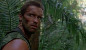Arnold-Schwarzenegger-Dutch-Depredador-Cosas-Felices
