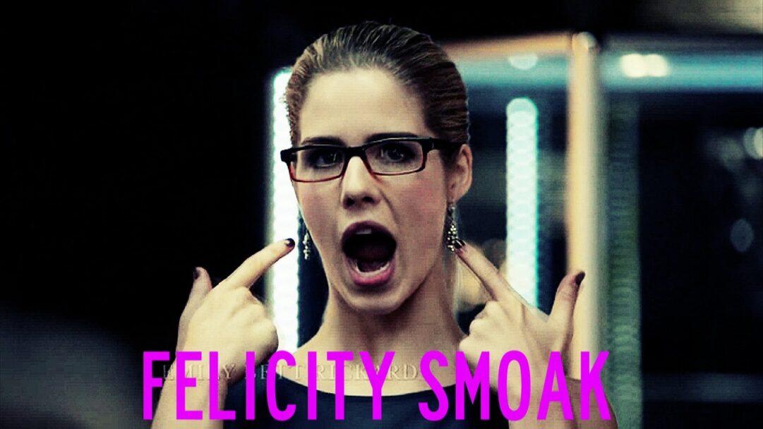 ¡Pero a que ver que gracia y que salero tiene mi Felicity!