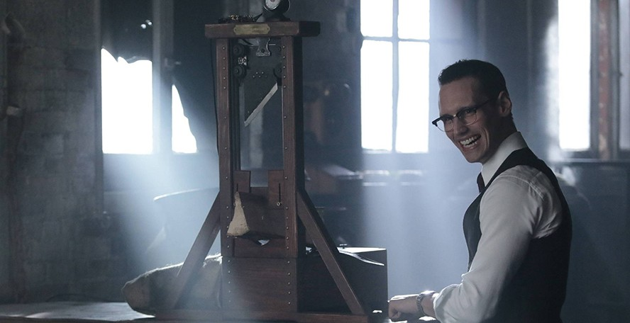 """GOTHAM: Cory Michael Smith in the """"Mad City: Time Bomb"""" episode of GOTHAM airing Monday, Nov. 21 (8:00-9:01 PM ET/PT) on FOX. Cr: FOX."""